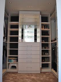 Winia inloopkamer met draaibare spiegel, ontwerp Riekus Peeterse